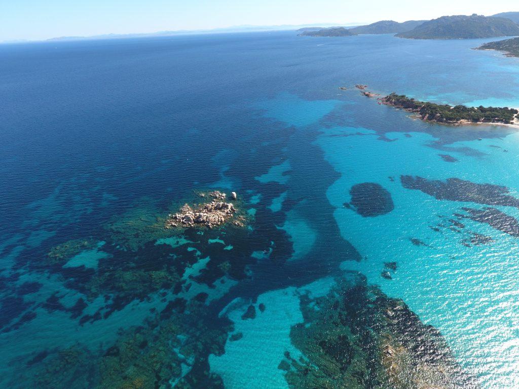 La belle plage de Palombaggia vue du ciel depuis un drone; Crédit Photo : Francois-Olivier Piazza