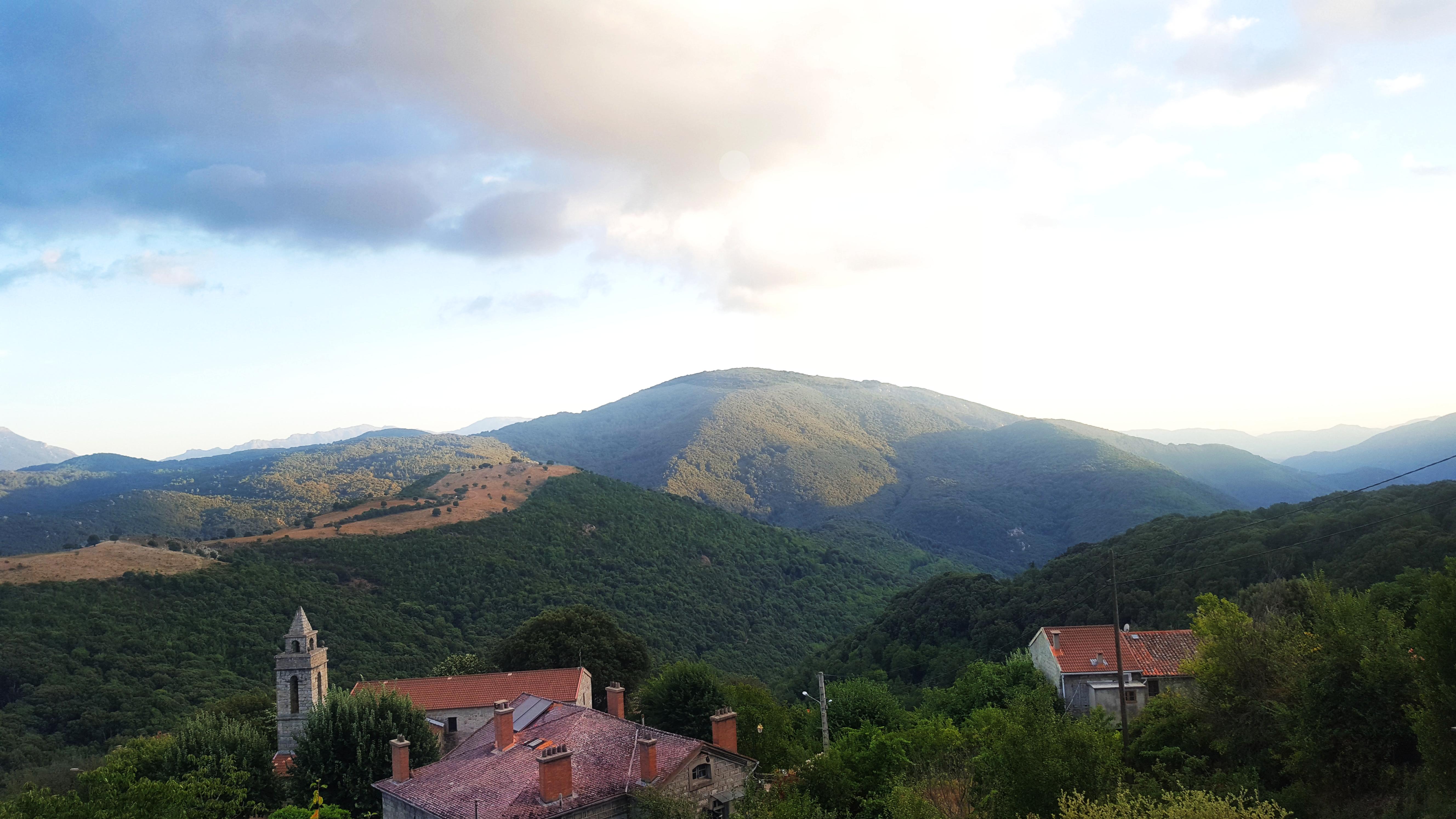 sorbollano vue depuis le village