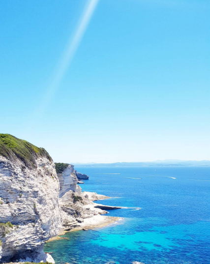Blog voyage Clioandco slow travel bonifacio falaise