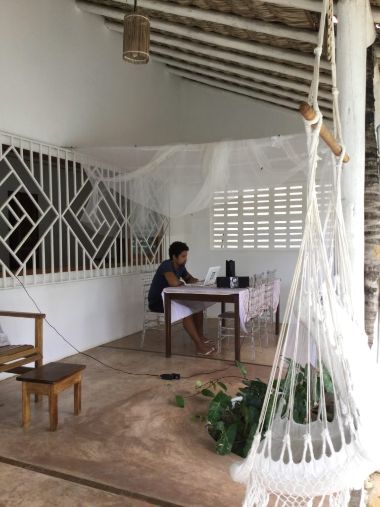 Travail à la Villa Mati, Jericoacoara, Ceara, Brésil