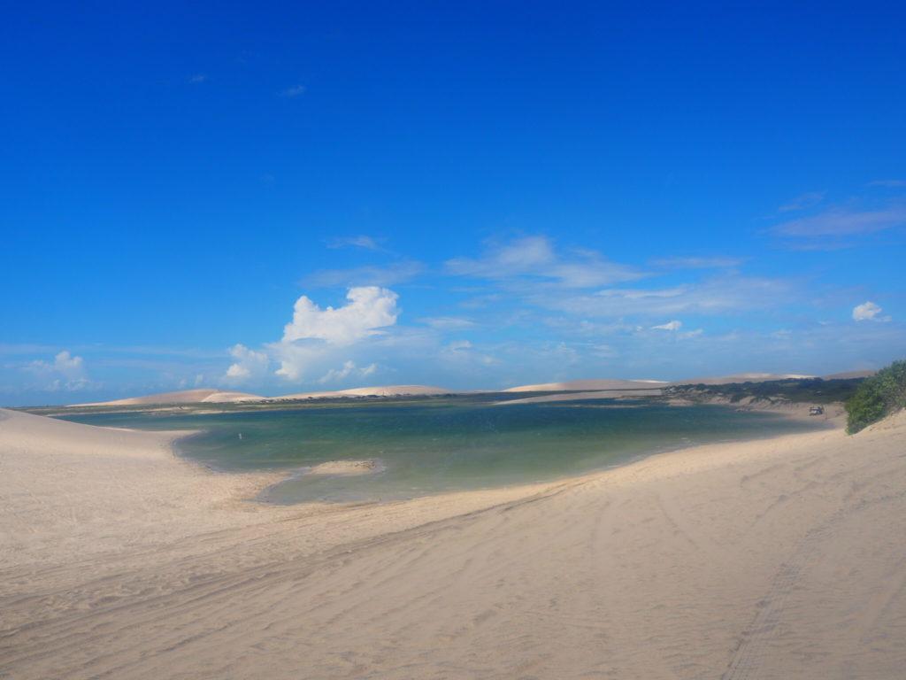 Jericoacoara, Ceara, Brésil. Les dunes de sable et les lagons