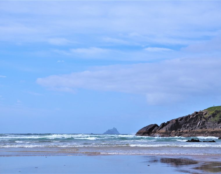 Skellig islands, vue depuis la plage du Ring of Kerry