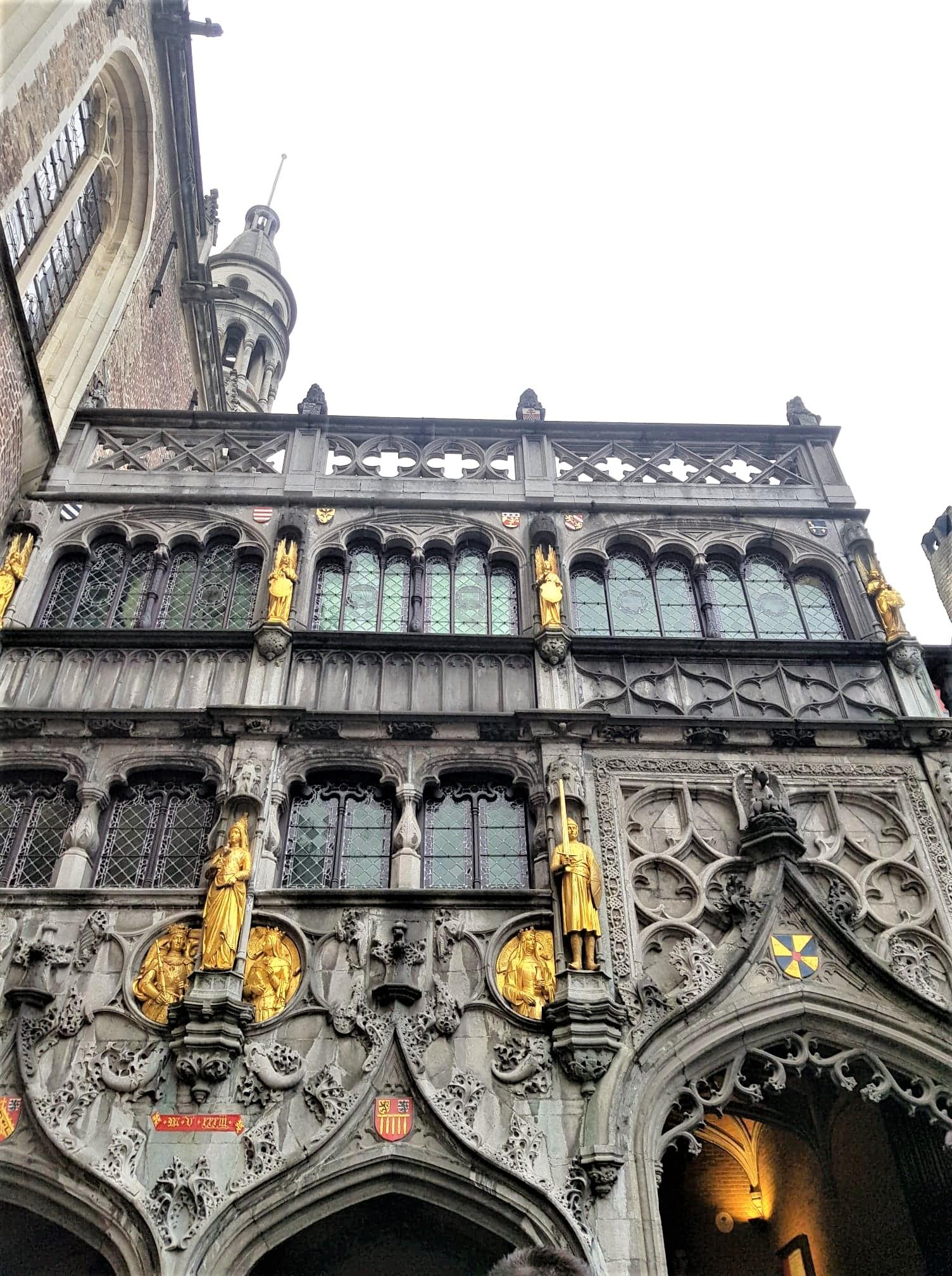 Saint-sang-Basilique-clioandco-blog-voyage-Bruges-Belique