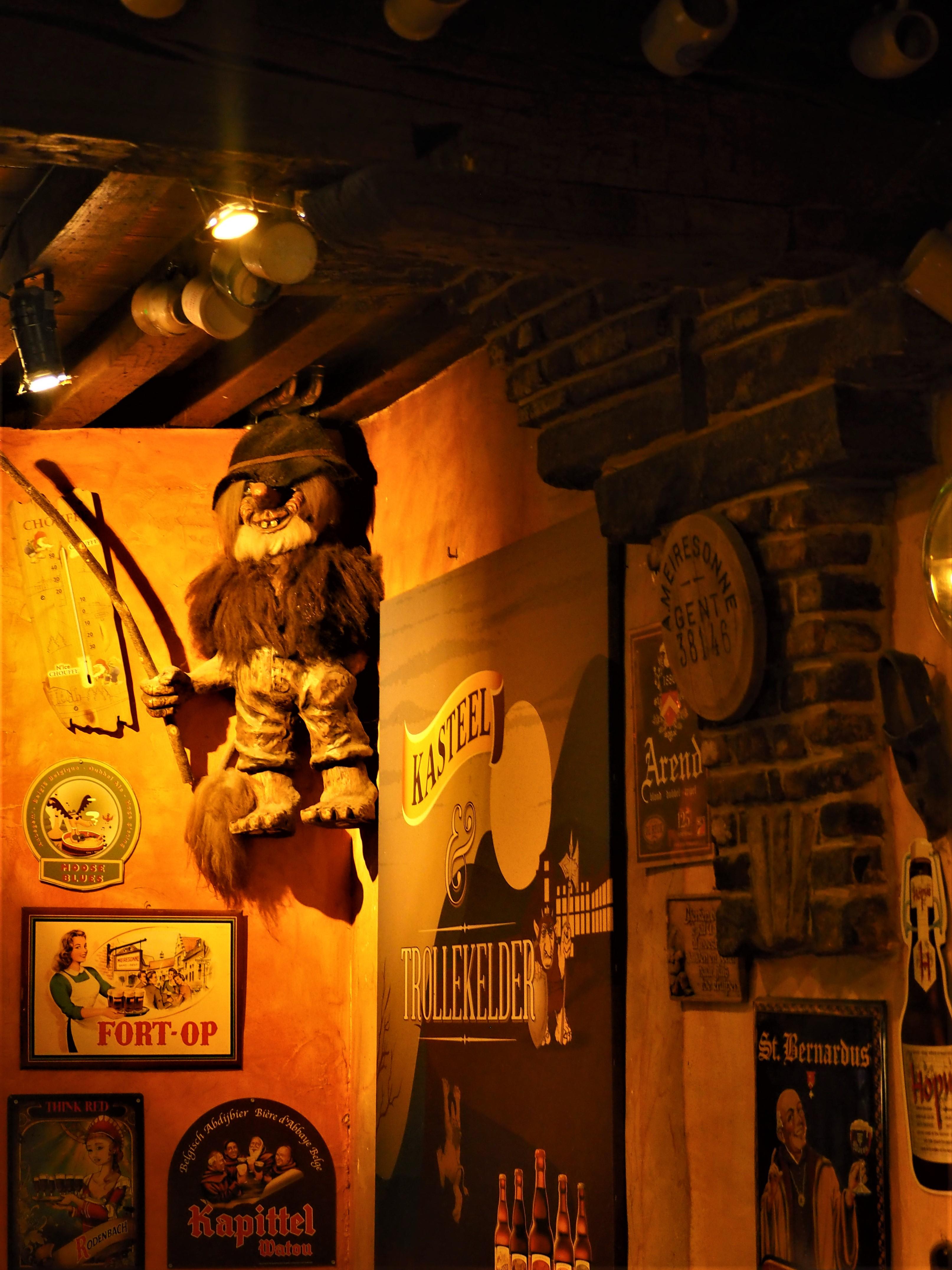 Nain Bar gand belgique pub trollekelder eglise saint jacques atypique clioandco blog voyage