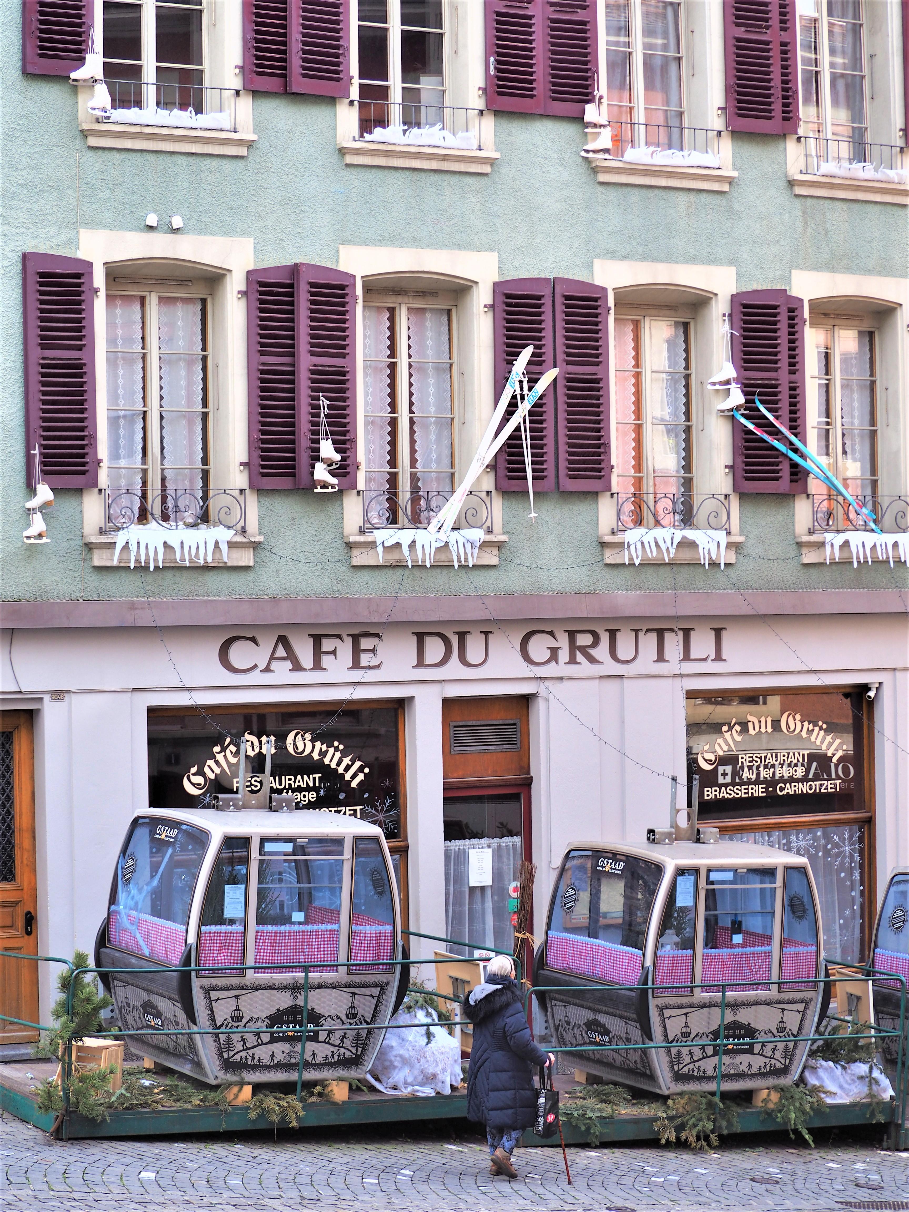 café-du-grutli-clioandco-blog-voyage-lausanne-suisse-canton-de-vaud.