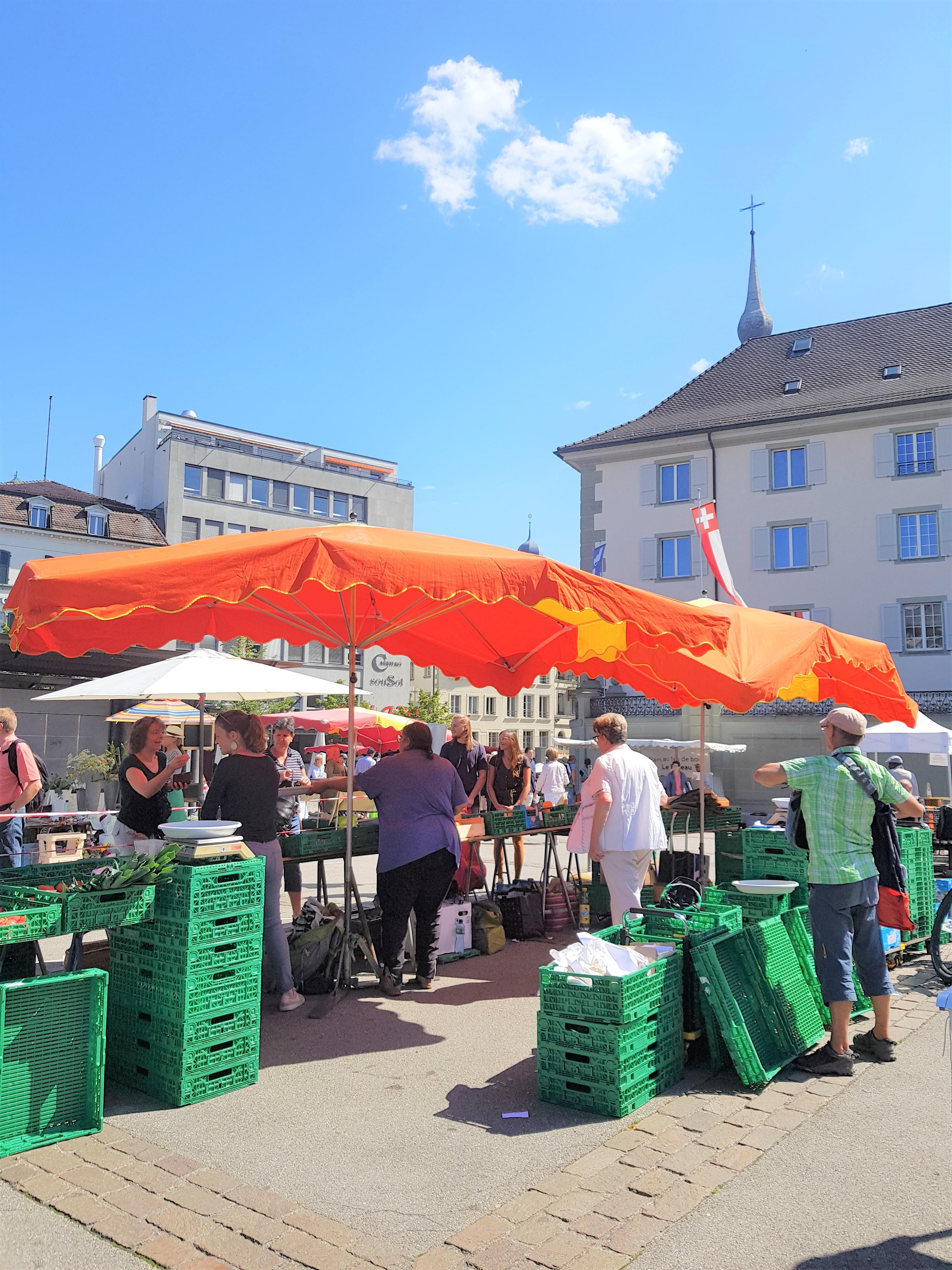 Fribourg clioandco blog voyage marché légumes