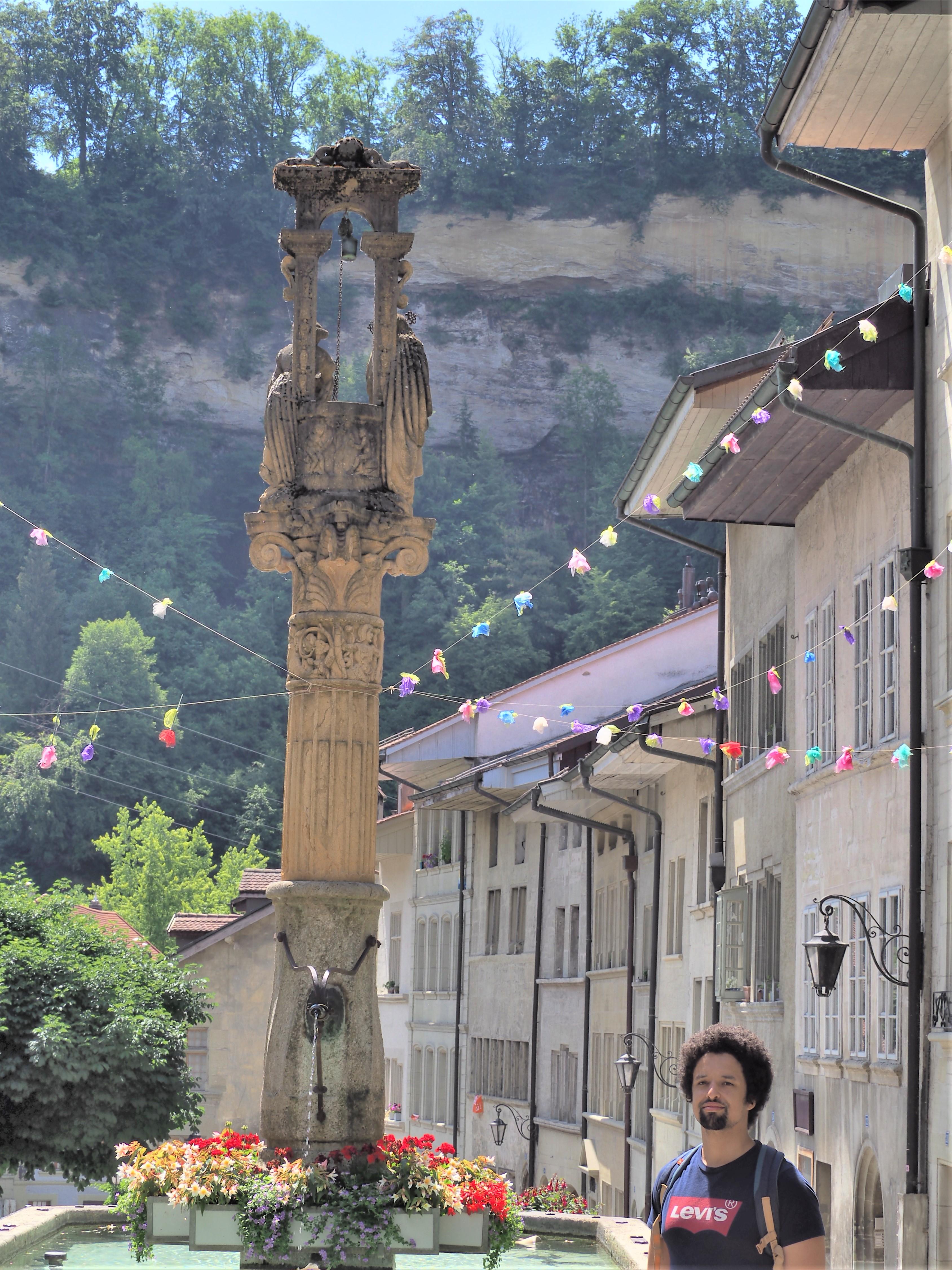 Fribourg clioandco blog voyage fontaine de la Samaritaine
