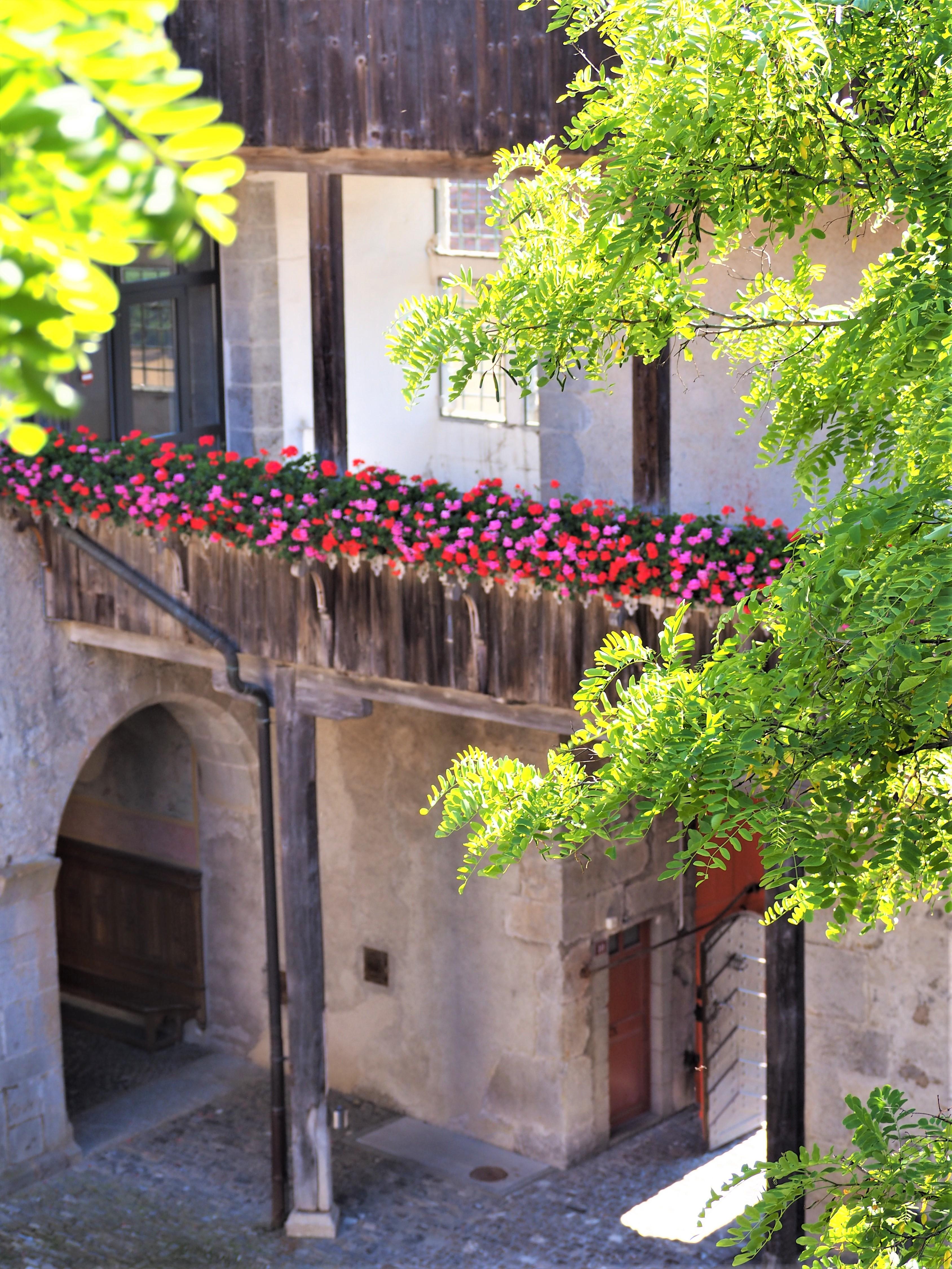 Visiter-Gruyères-canton-de-Fribourg-Suisse-Château-de-Gruyères-clioandco-blog-voyages