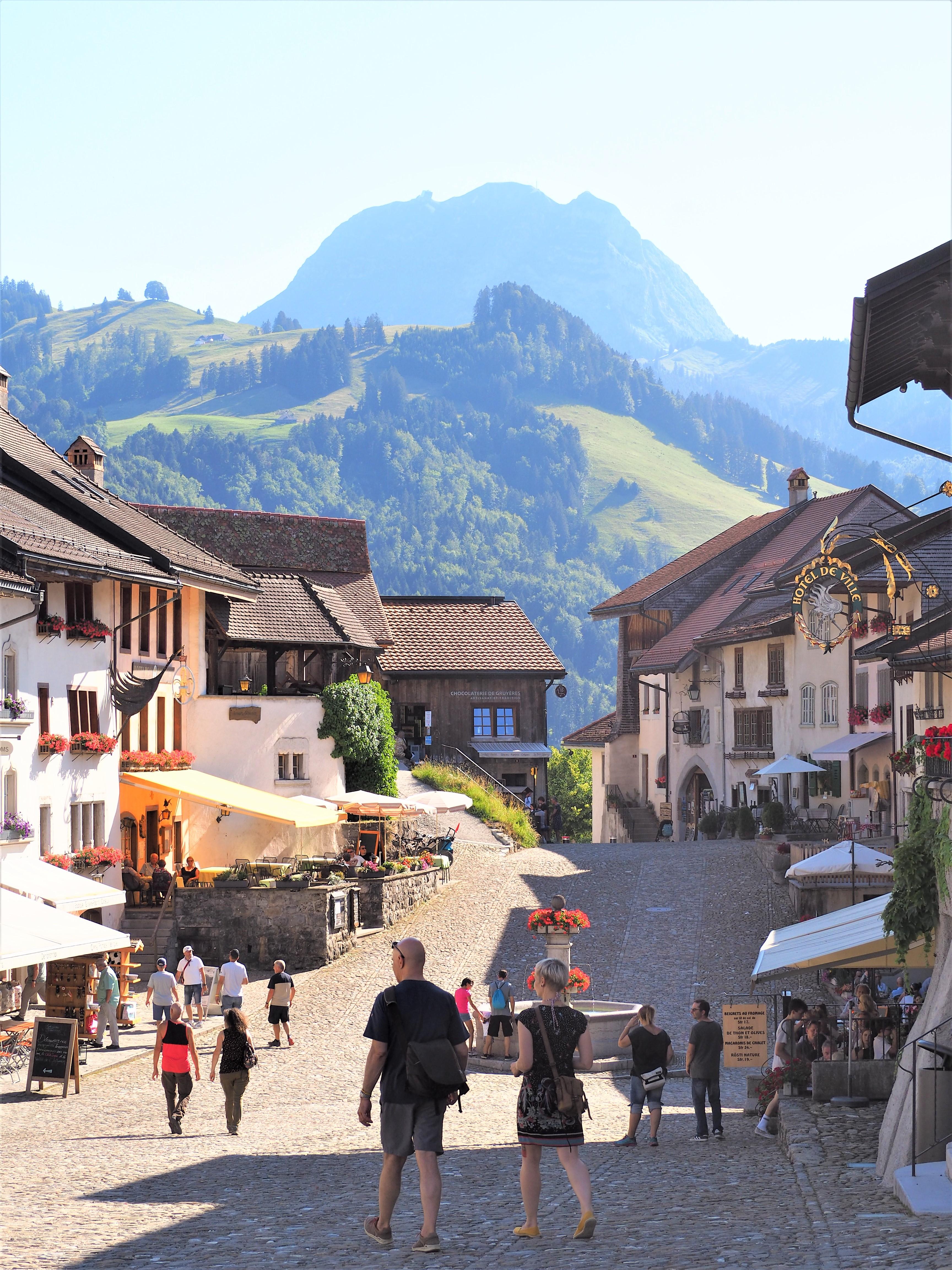 Visiter-Gruyères-canton-de-Fribourg-Suisse-clioandco-blog-voyages.