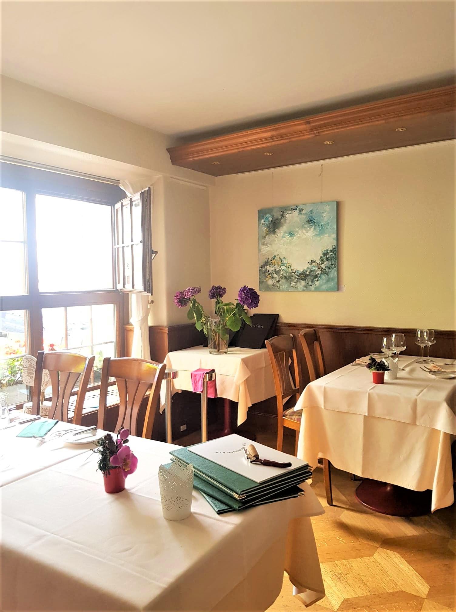 La pomme de pin restaurant Lausanne Suisse clioandco blog voyage intérieur