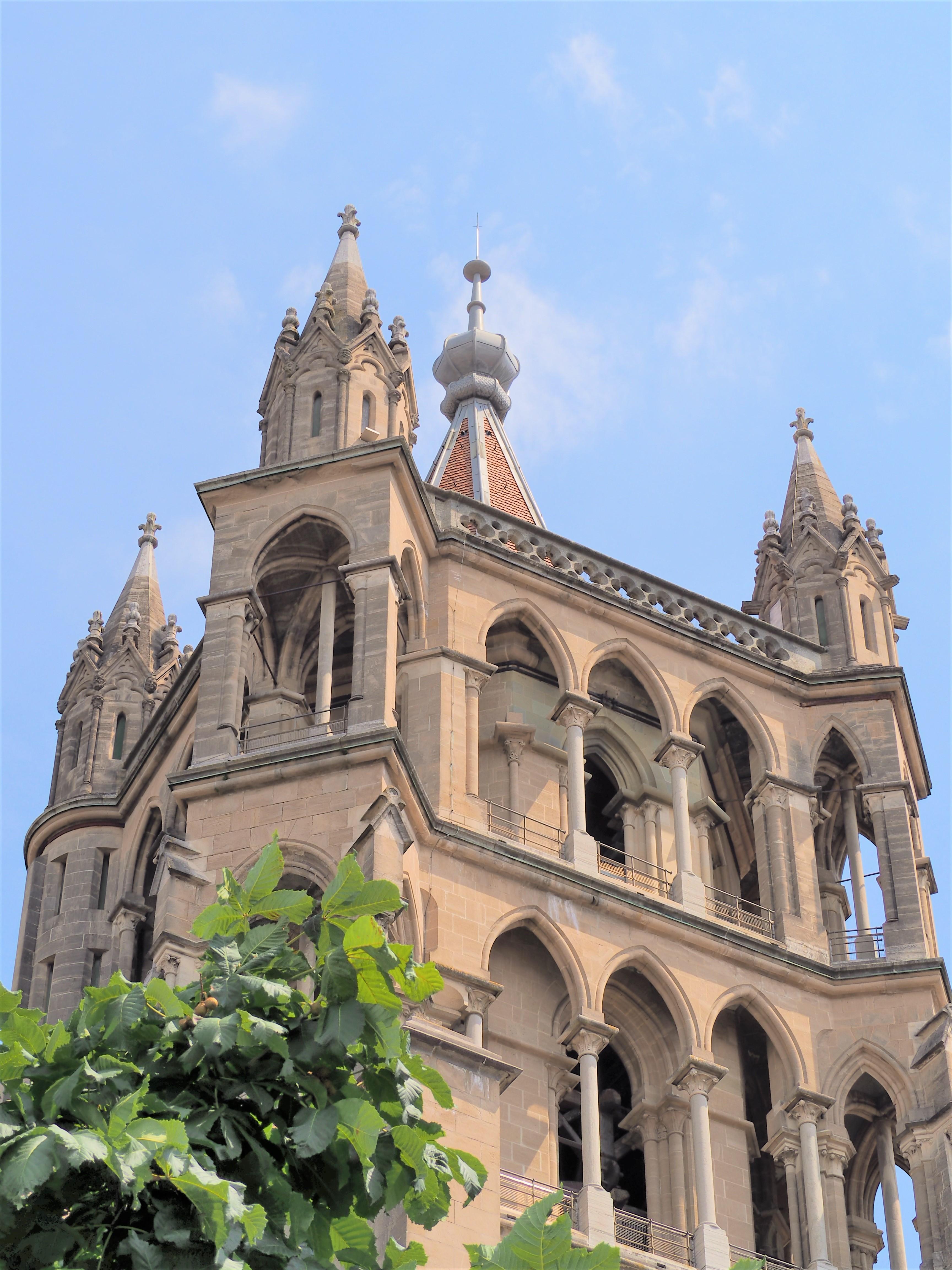 Cathédrale de Lausanne suisse blog voyage clioandco