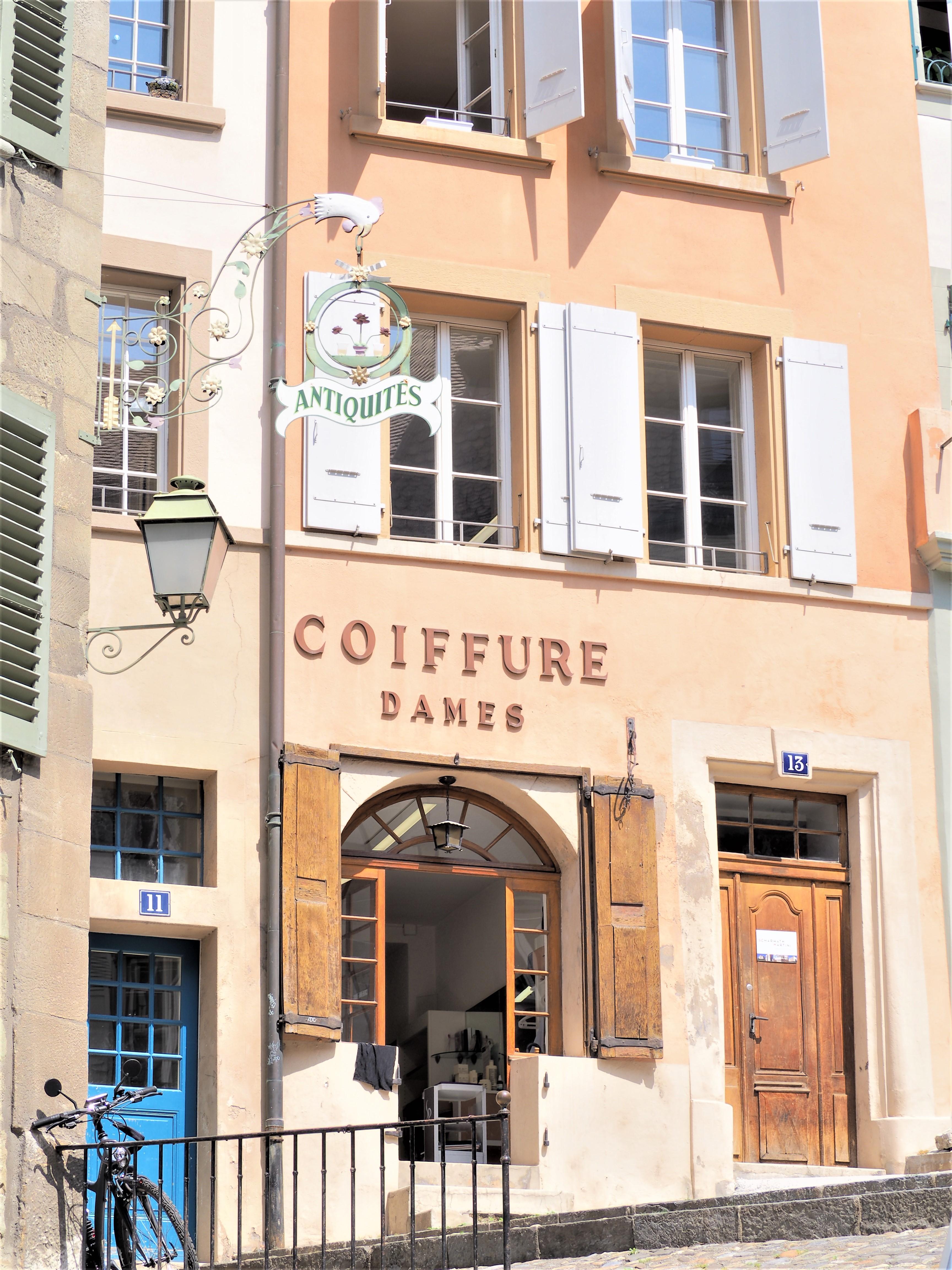 Lausanne vieille ville voyage suisse clioandco facades