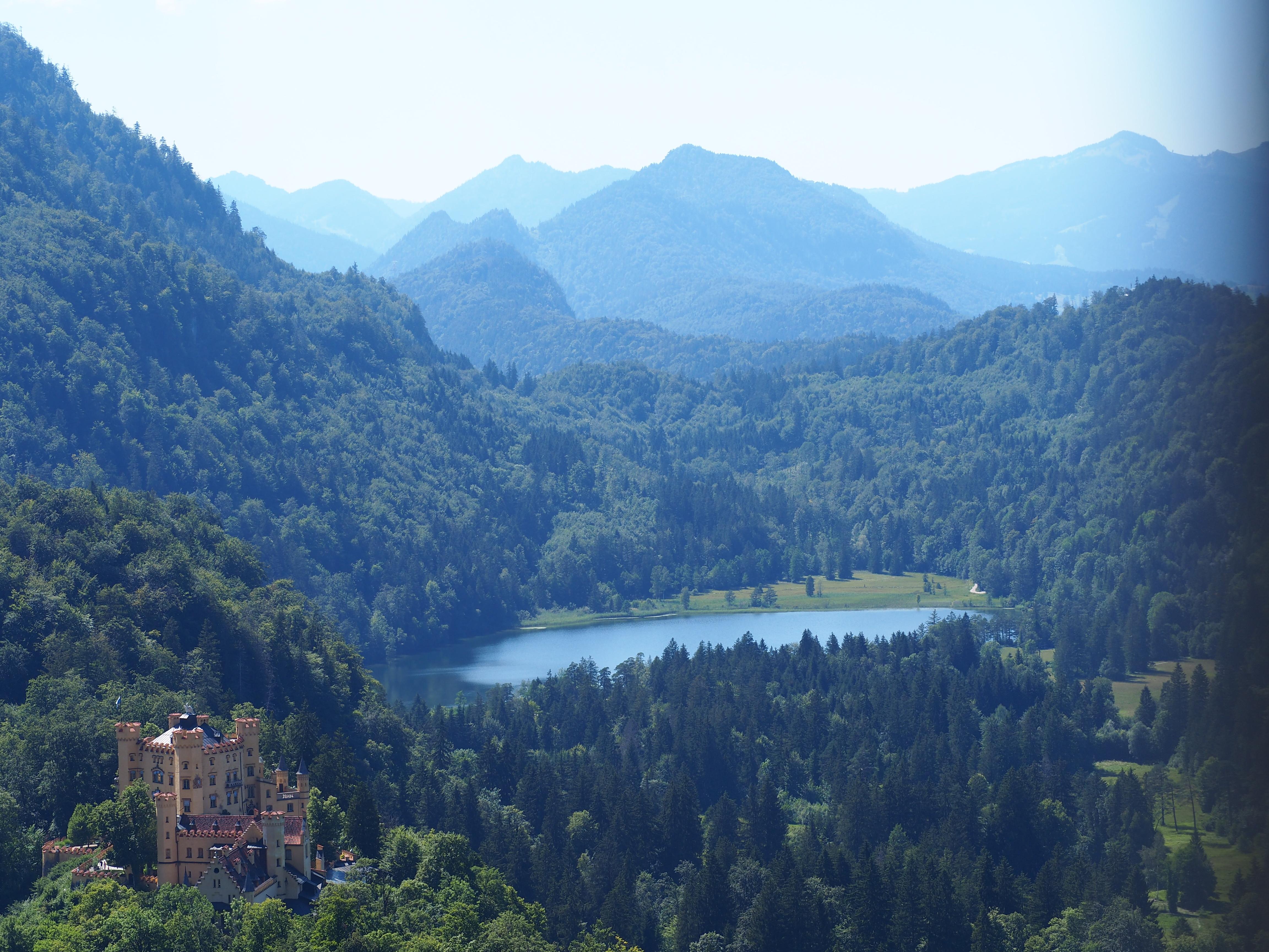 Hohenschwangau-chateau-baviee-allemagne-voyage-clioandco