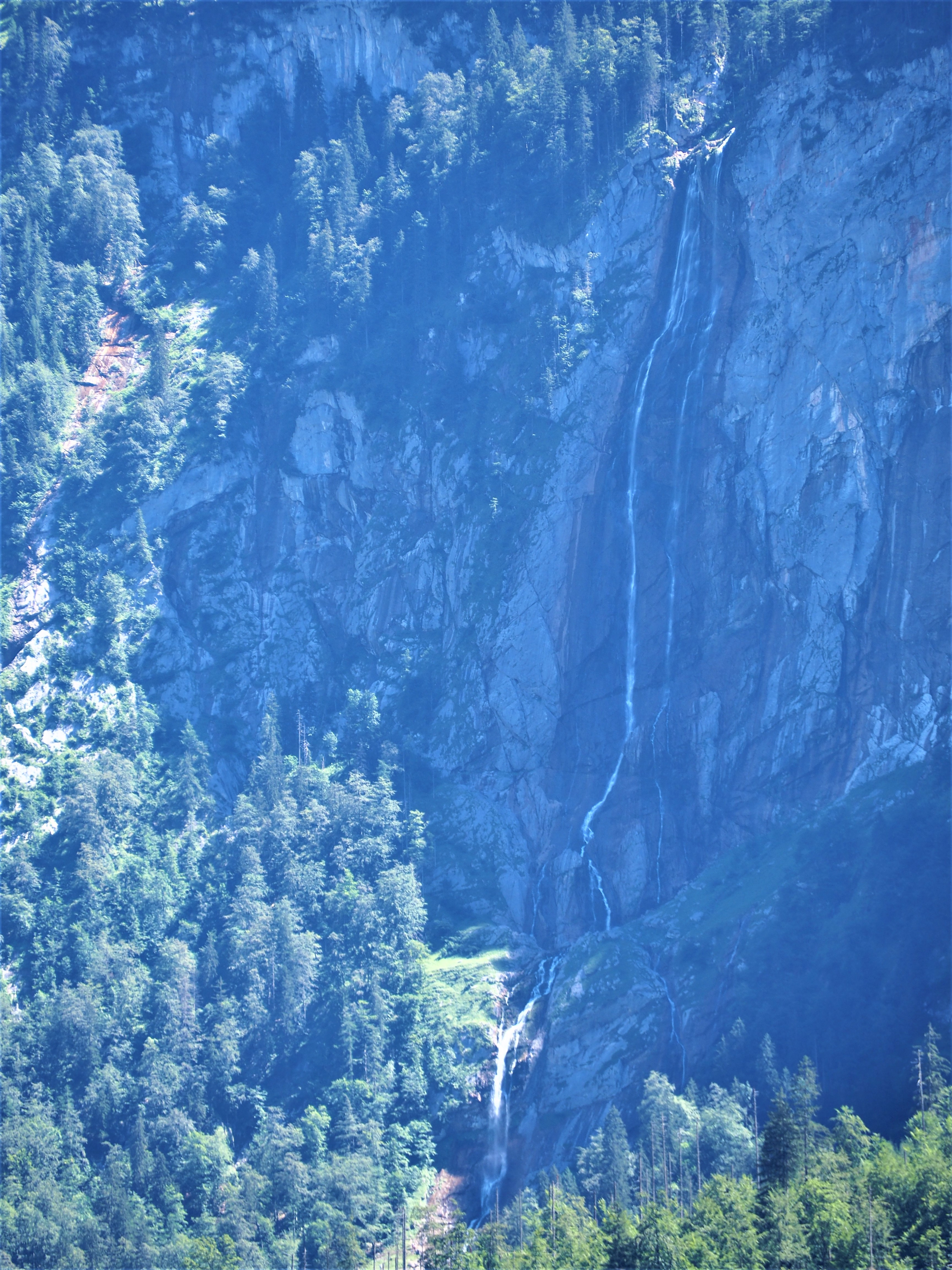 Konigssee-Obersee-allemagne-voyage-cascade-Chute-de-Rothbach zoom