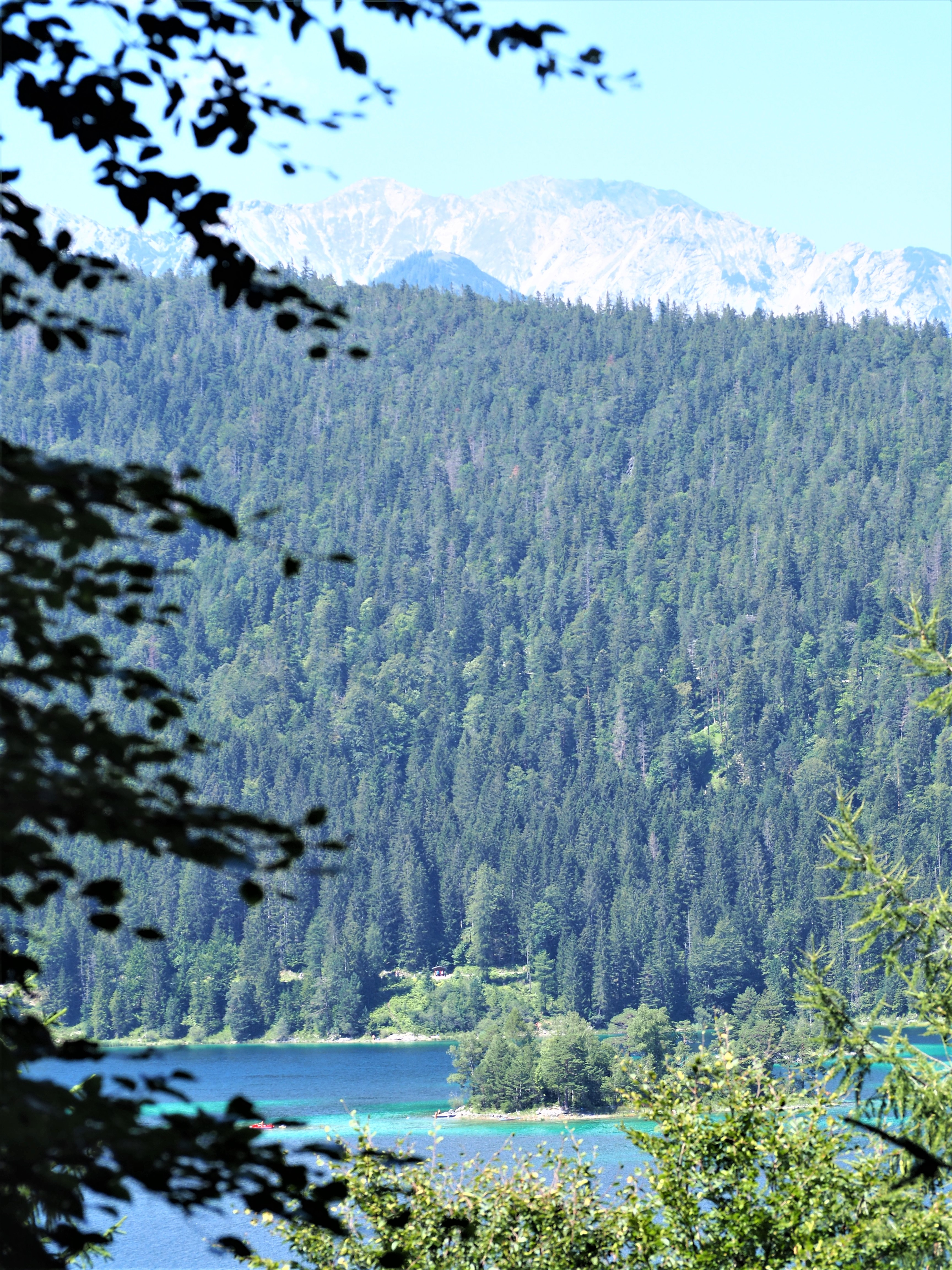 lac-eibsee-clioandco-blog-voyage-allemagne-baviere-proche-zugspitze-ilots-caraibes.