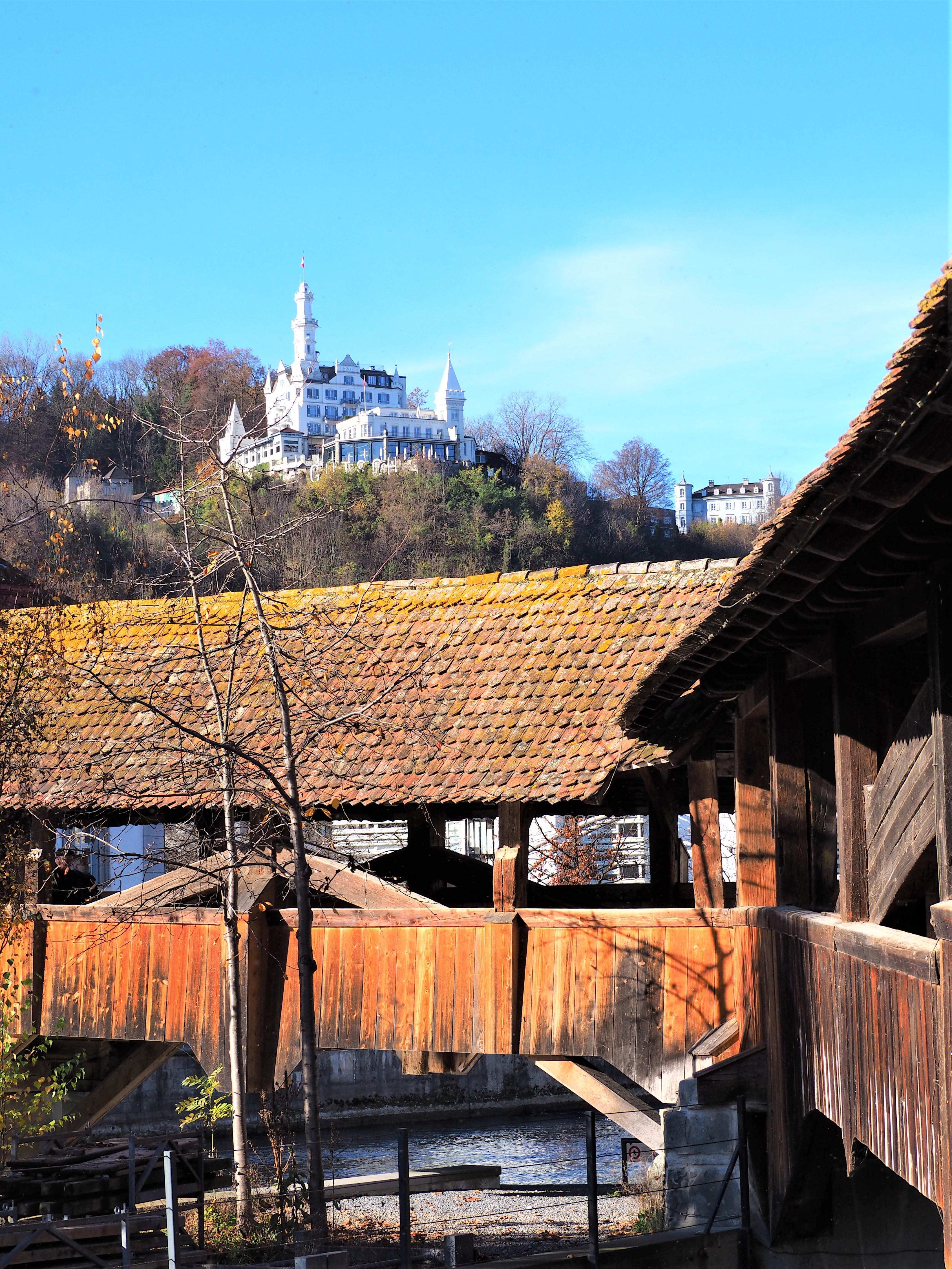lucerne-pont-des-moulins-clioandco-blog-voyage-suisse PONT DES MOULINS