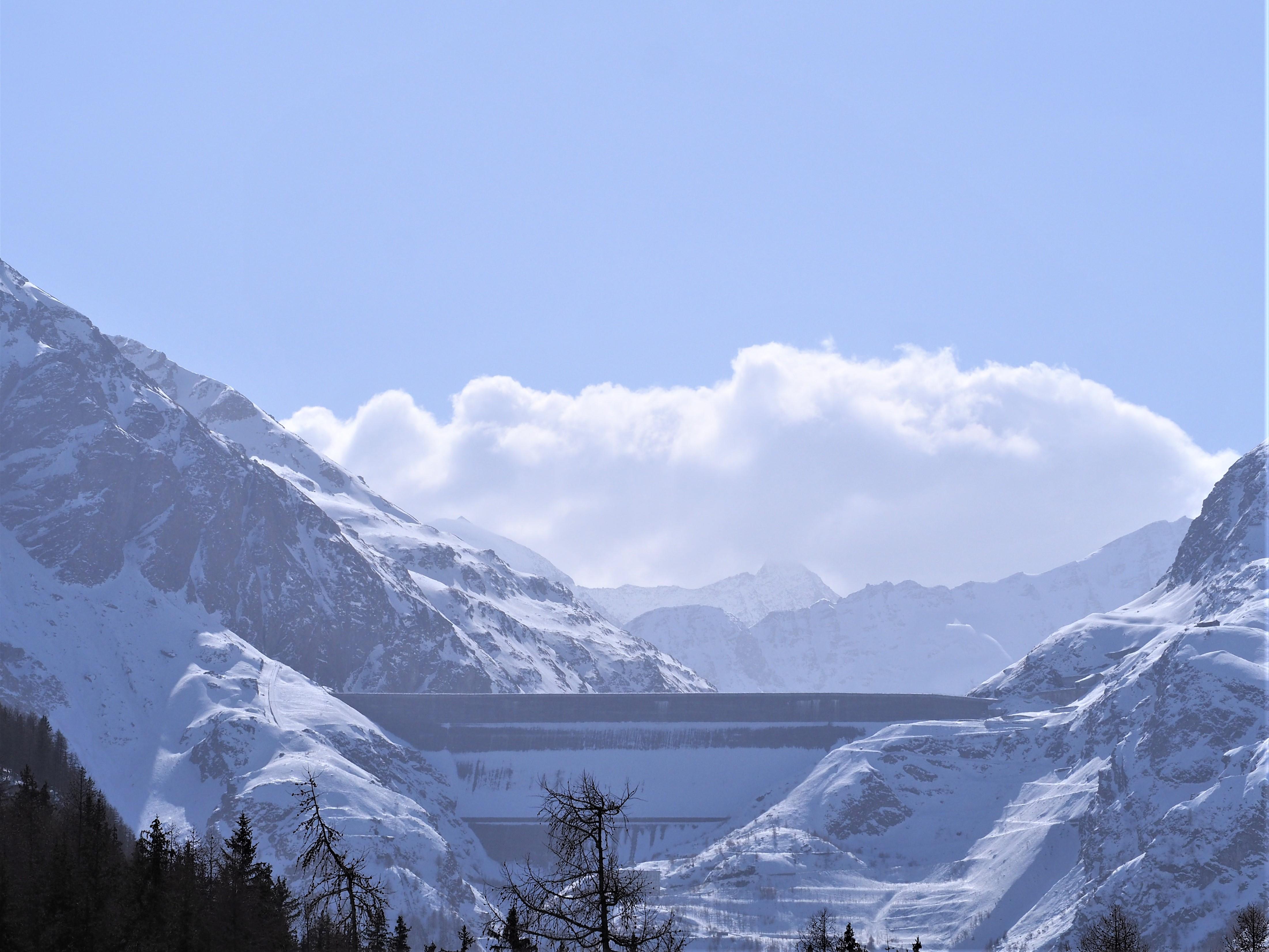 Barrage-suisse-la-Grande-Dixence