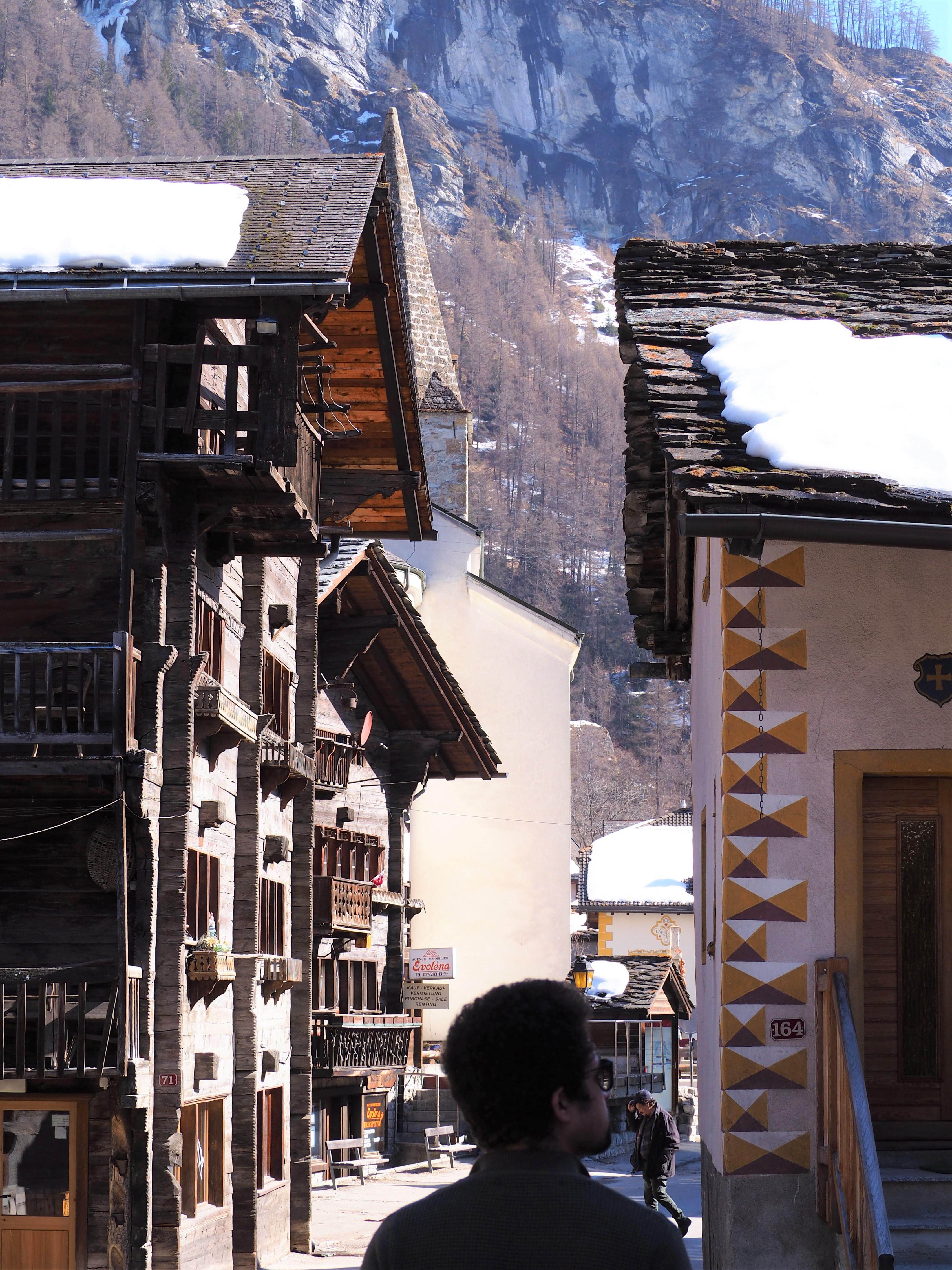 Evolene-village-en-bois.jpg
