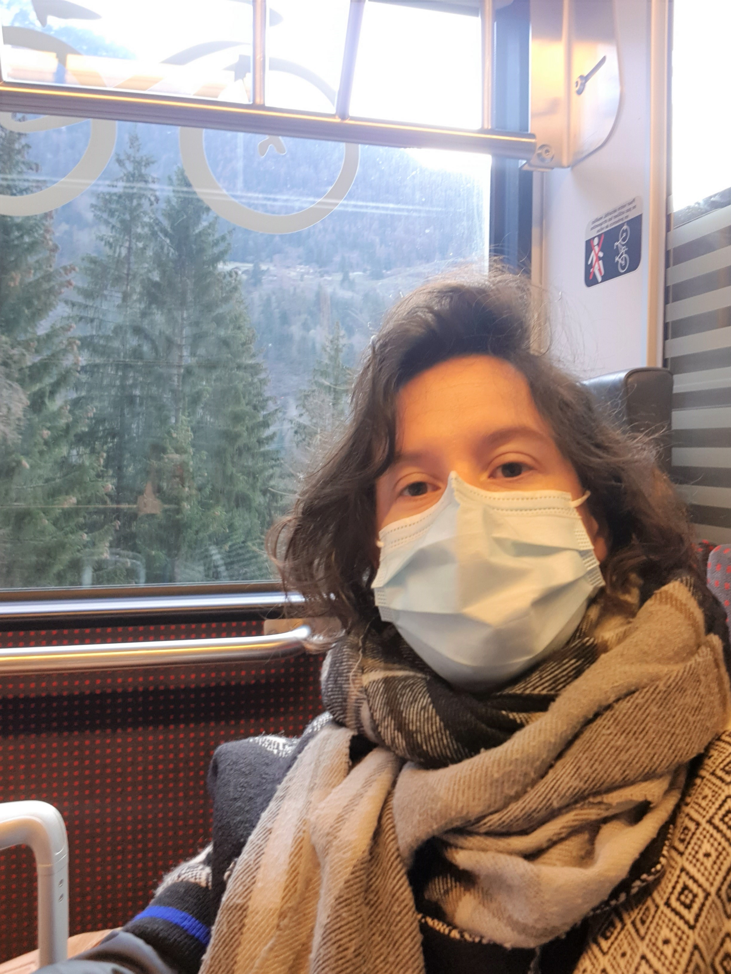 Mont Blanc Express train pour relier la France Servoz à la Suisse Martigny