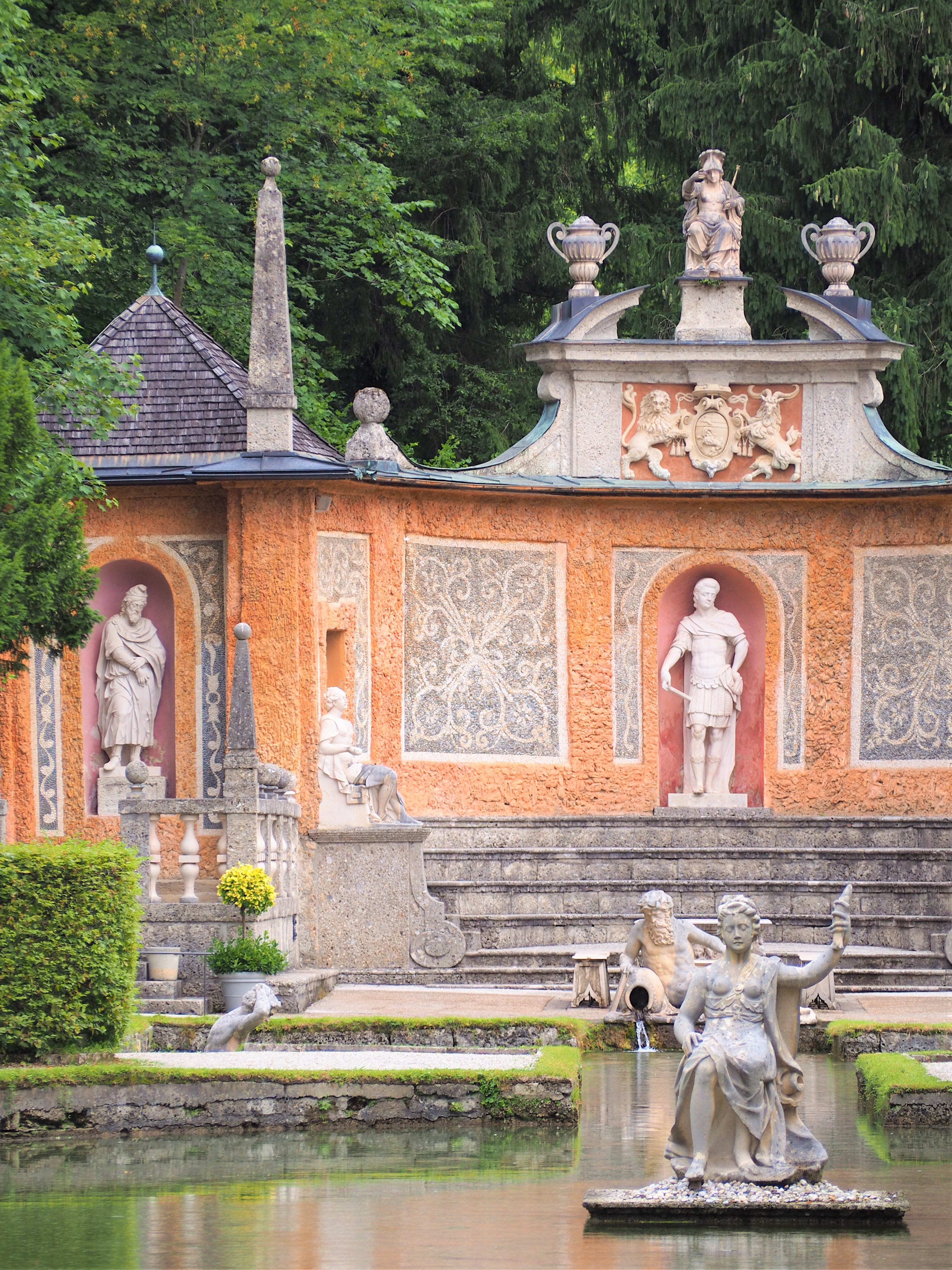 chateau-de-hellburnn-salzbourg-a-voir.jpg