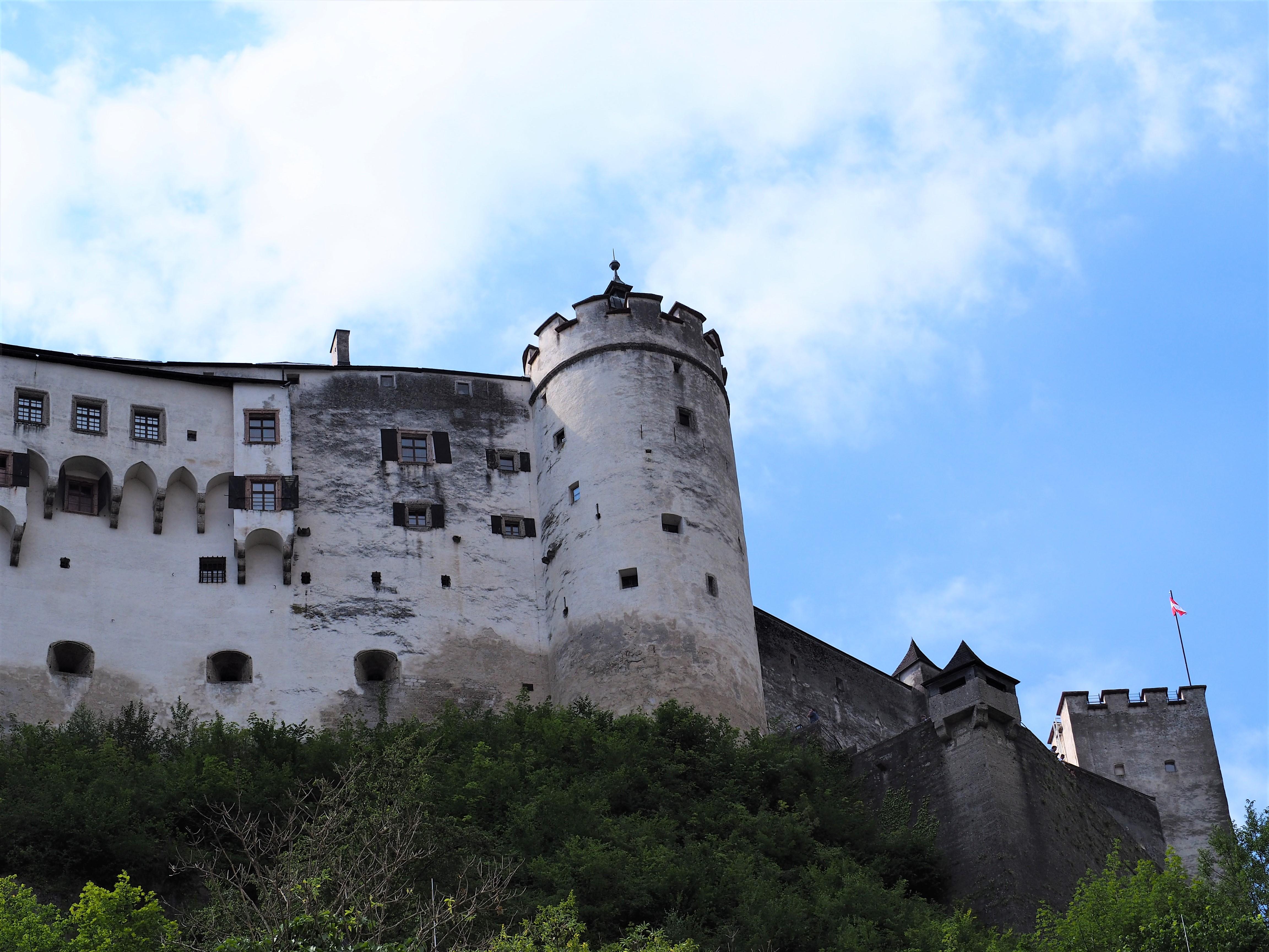 forteresse-de-hohensalzburg-salzbourg-autriche.jpg