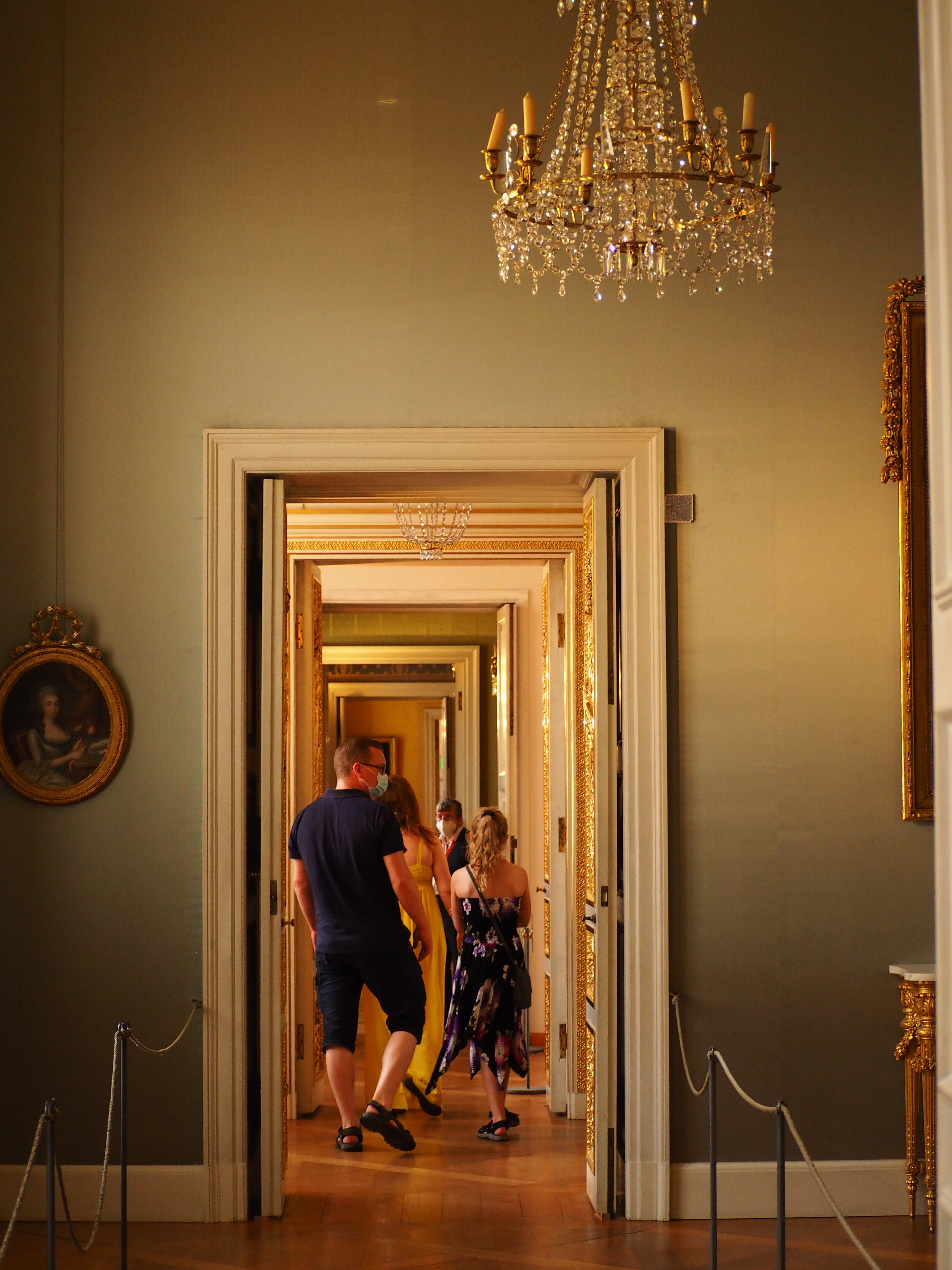 residenz-Munich-musees-interieur-classique-rotated