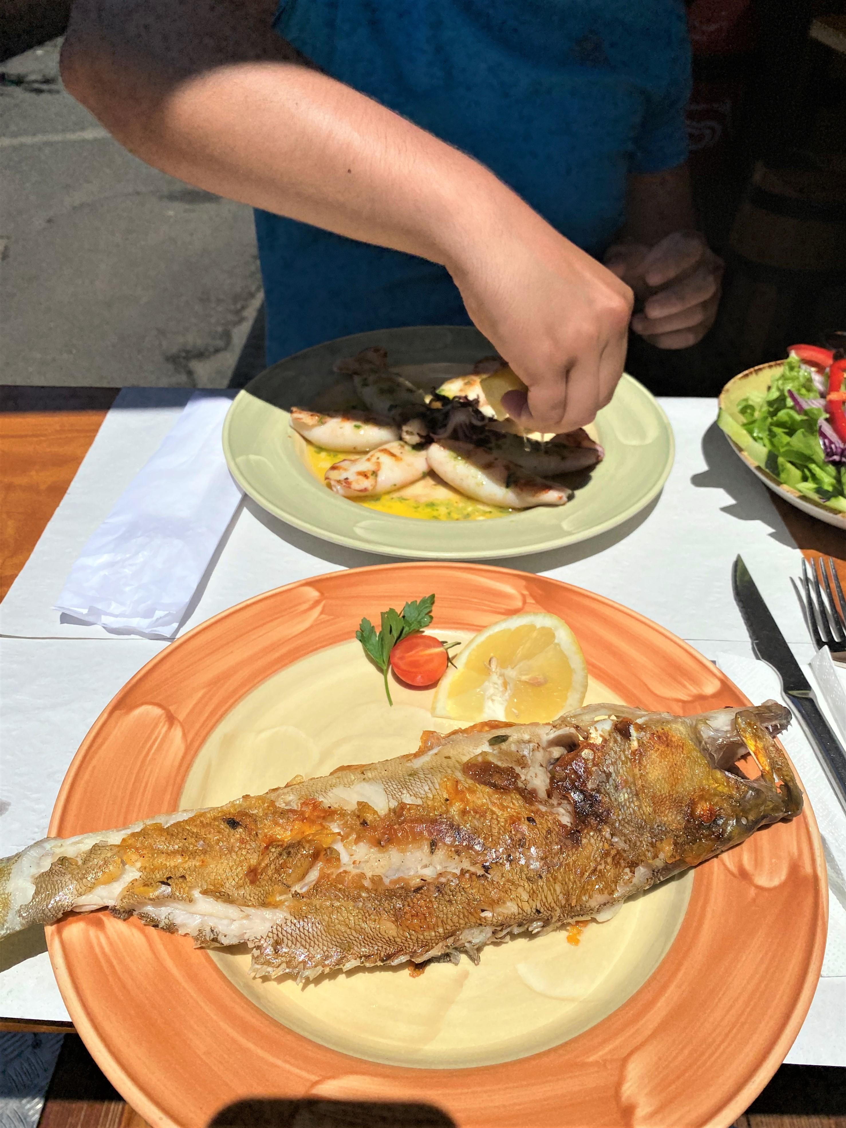 restaurant à porto da cruz A Pipa. Poisson frais